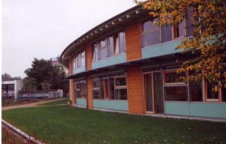 Rückseite des Neubaus