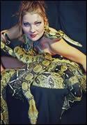 Schlangentänzerin Katharina