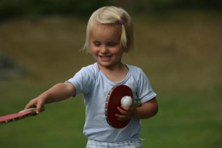 Anni mit pingpong
