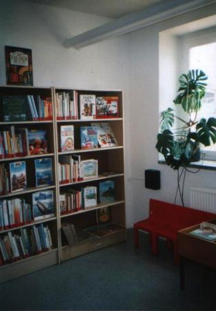 Bibliothek 6