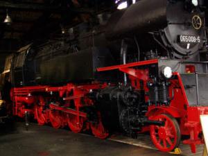 Lokomotiven und Zugfahrzeuge 2