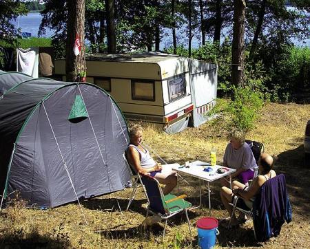 camping zaue.jpg