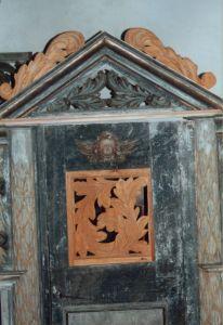 Chorgestuehl roh Detail 2