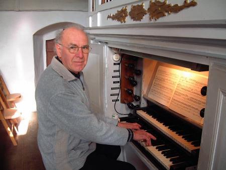 Organist Ernst Klinkhardt