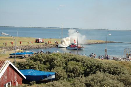 Segelyacht geriet in Brand