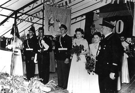 Fahnweihe.70.Jub. 1954