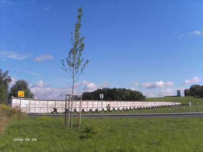 Blick auf das Grenzdenkmal