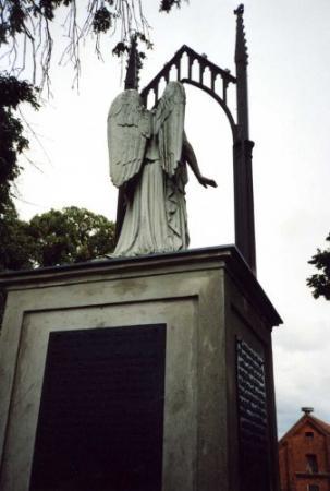 Denkmal III