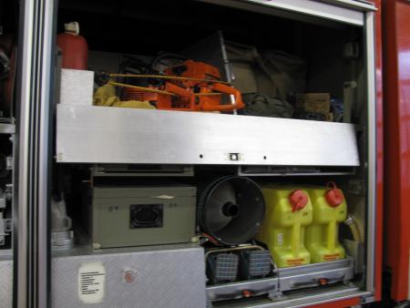 Geräteraum 2 LF 16-TS