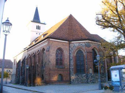 Nordseite der Kirche