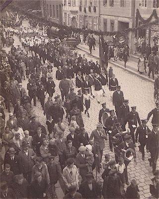 Festumzug zum Turnfest im Juli 1927 (Poststraße)