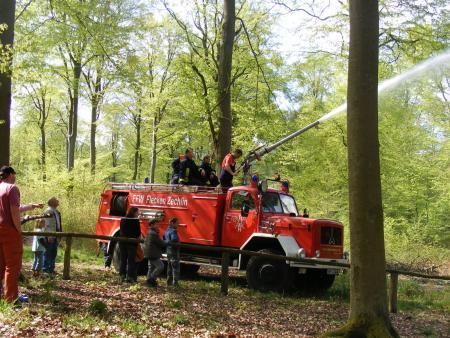 Feuerwehr zum Maifest