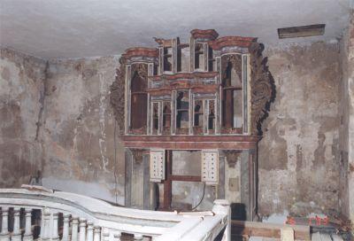 Orgel desolat