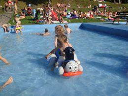 Schwimmbad Großbreitenbach