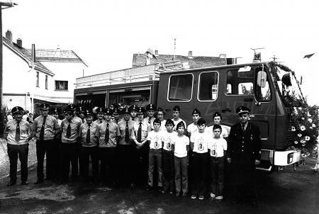 Übergabe.Tanklöschfahr.1979.jpg