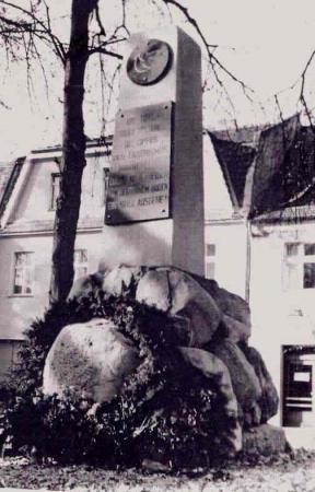 Friedensdenkmal auf dem Markt, Foto 1966