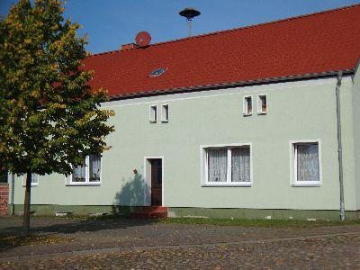 Dorfstraße 15