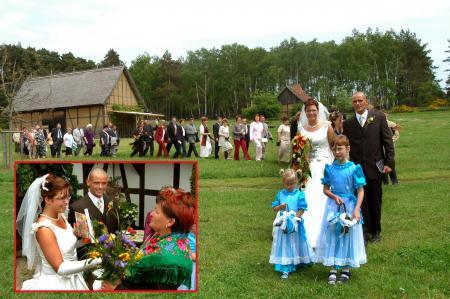 Hochzeitsgesellschaft auf dem Höllberghof