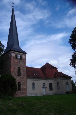 Kirche Roskow.JPG