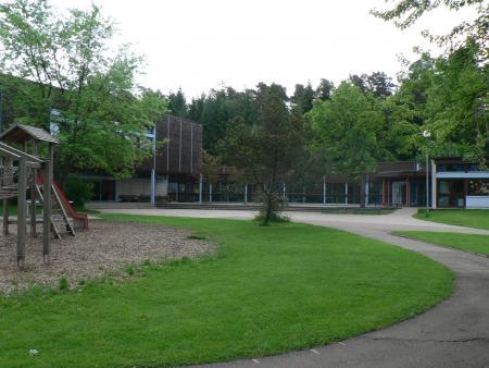 Pausenhof der Grundschule